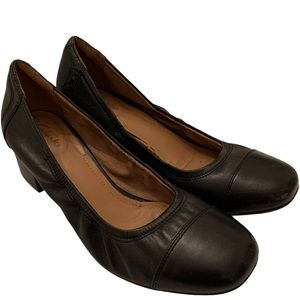 Clarks Black Leather Career Block Heels size 7.5